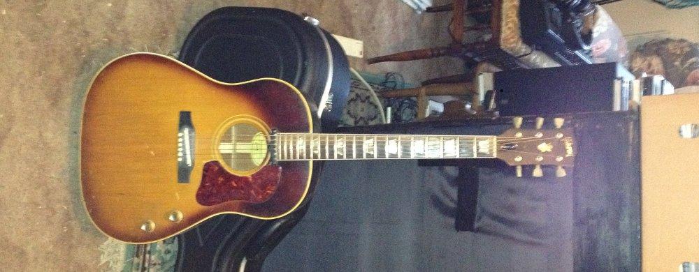Gibson J160E